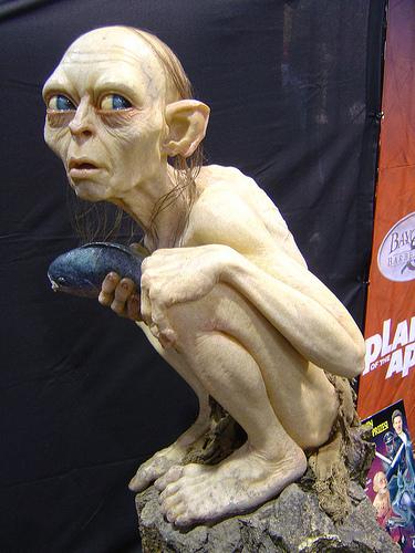 Comic-Con 2004 - life-sized Gollum statue